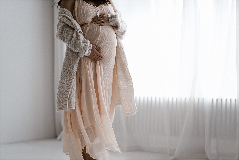 Babybauch St. Gallen, Babybauch Ostschweiz, Babybauchfotos, Babybauchbilder, Schwangerschaftsbilder, Schwangerschaftsfotos, Corinne Chollet