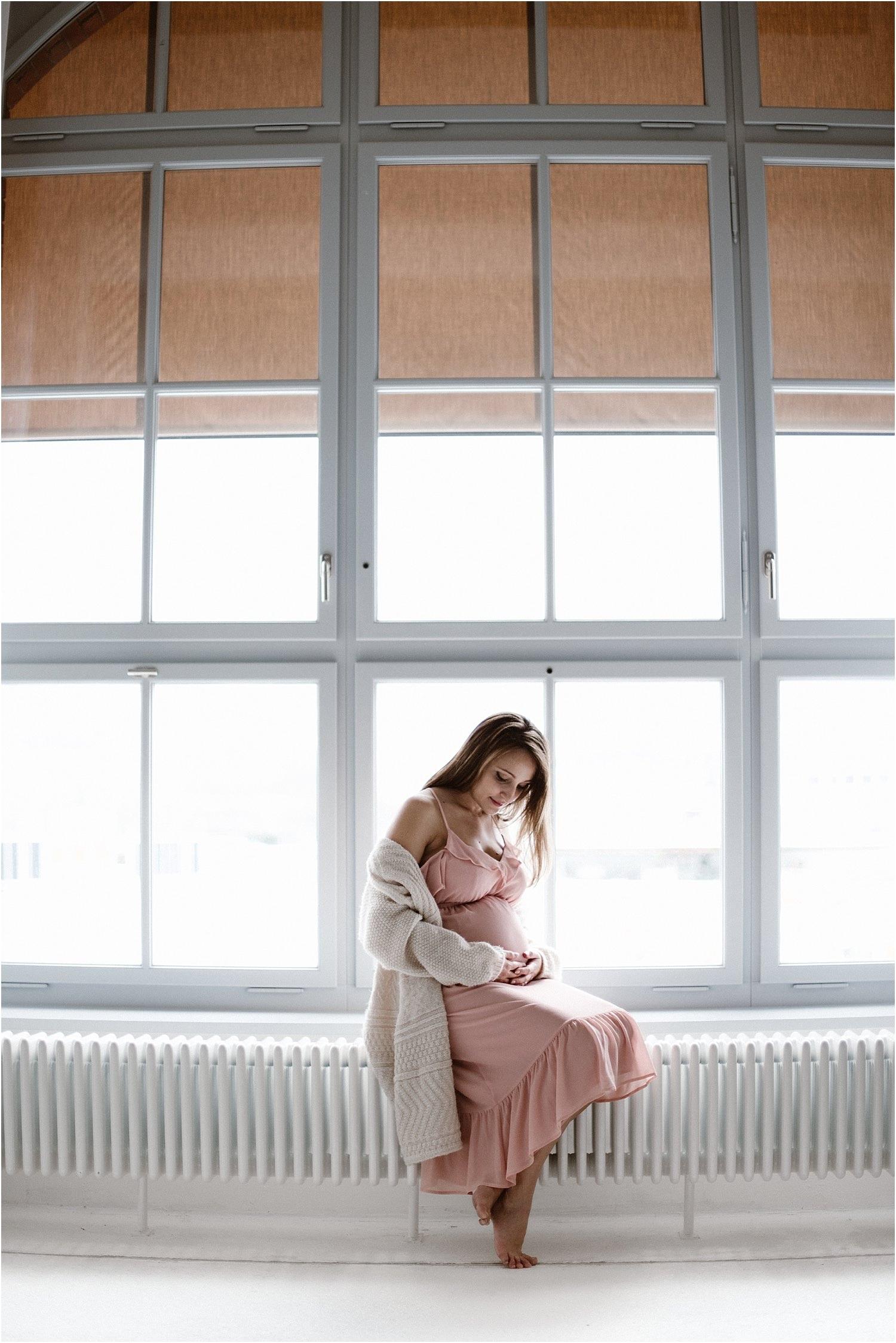 natürliche Schwangerschaftsbilder, natürliche Schwangerschaftsfotos, sinnliche Babybauchbilder, sinnliche Schwangerschaftsbilder, Babybauch, Maternity, Schwangerschaft, Schwanger