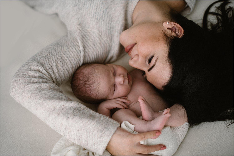 Babyfotograf Ostschweiz, natürliche Babyfotografie, Babyfotos, Babybilder, zeitlose Babybilder, Neugeborenebilder, Neugeborene Fotos, Fotograf Ostschweiz