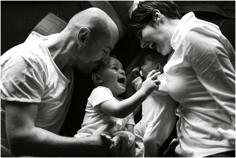 Lifestyle Shooting, Baby Homestory, Neugeborene Homestory, Homeshooting, Lifestyleshooting, natürliche Babybilder, Babybilder, Babyfotograf Ostschweiz, Babyfotograf St. Gallen