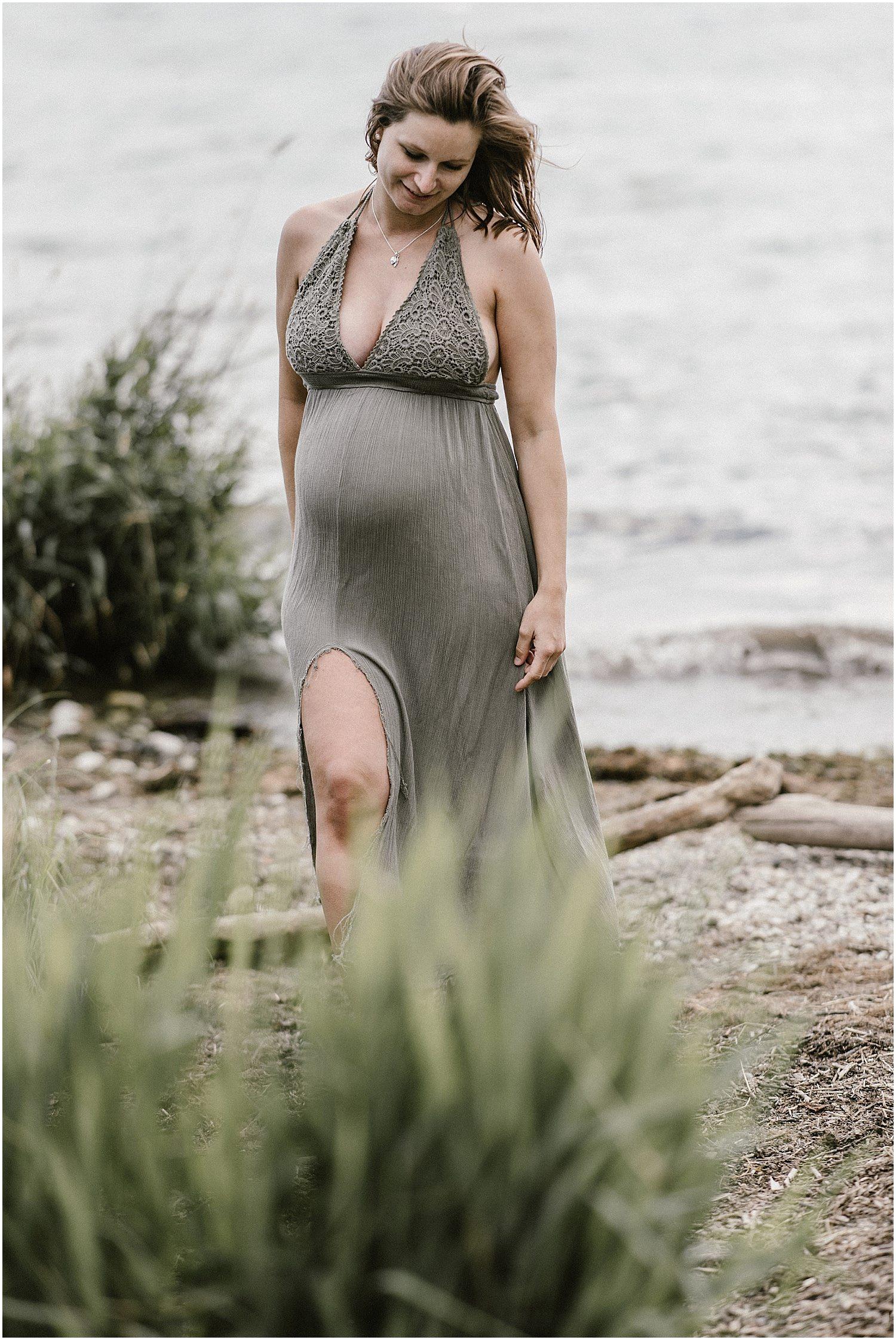 Babybauchkleider, Schwangerschaftskleider, Studiofotos, Fotostudio Babybauch, Babybauch Fotostudio, Fotograf Arbon, Fotograf Ostschweiz, Fotograf St Gallen