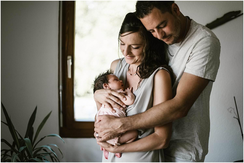 Homeshooting, Lifestyle Newborn Shooting, Homeshooting Newborn, Reportage Newborn, Babyfotograf, Babybilder, Babyfotos, Babyshooting, Babyfotoshooting, Newbornfotograf natürlich, Fotograf St. Gallen, Fotograf Arbon