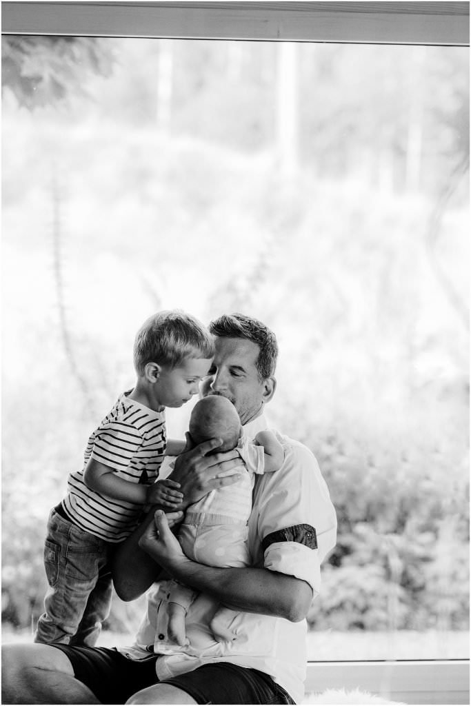 Babyfotograf, Babyfotograf Arbon, Babyfotograf Schweiz, Babyfotograf St. Gallen, Fotograf Arbon, fotografie schweiz, Homestory, homestory newborn, Homestory Shooting, lifestyle shooting newborn, reportage baby, Reportage Newborn