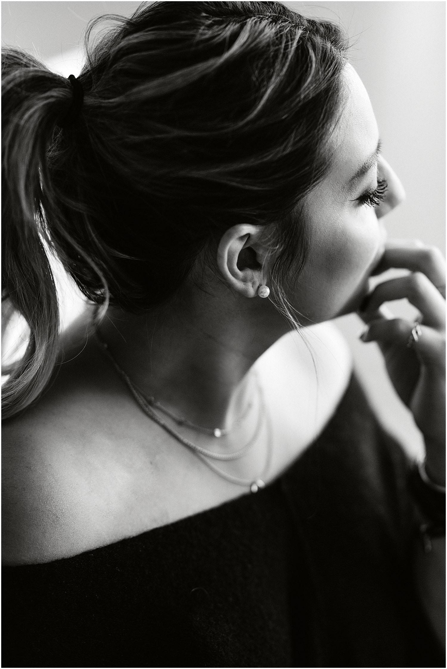 Portrait, Frauenportrait, Natürliche Fotografie, Boudoir, Just you, Fotograf Ostschweiz, Studio Ostschweiz, Fotograf Arbon, Studio Arbon, Natürliche Bilder, natürliche Frauen