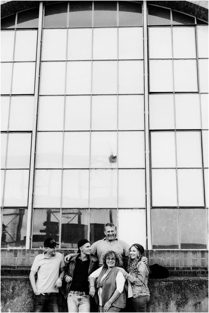 Familiebilder, Familiefotos, Teenager, Familiefotograf, Familiefotografie, Portrait Familie, Natürliche Familiebilder, Familiefotograf Ostschweiz, Familiefotograf Arbon