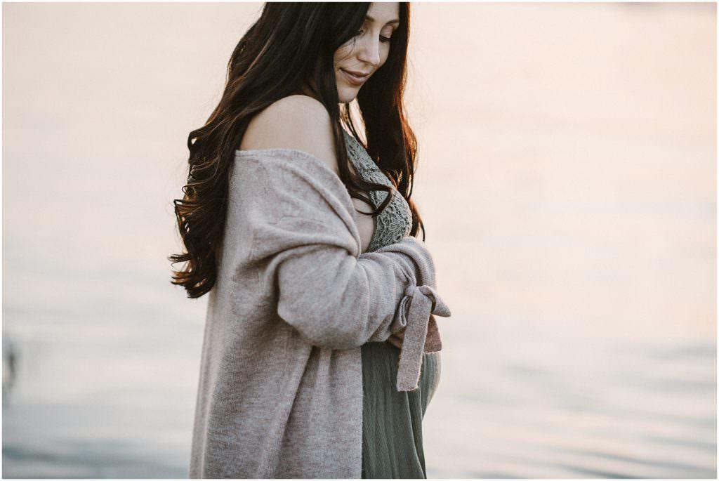 Schwangerschaftsbilder, Schwangerschaftsfotograf, Schwangerschaftsfotografie, Fotograf Babybauch, Fotograf Maternity, Foto Babybauch Fotograf Ostschweiz, Fotograf Arbon, Fotograf St. Gallen, Natürliche Bilder, Maternity Shooting