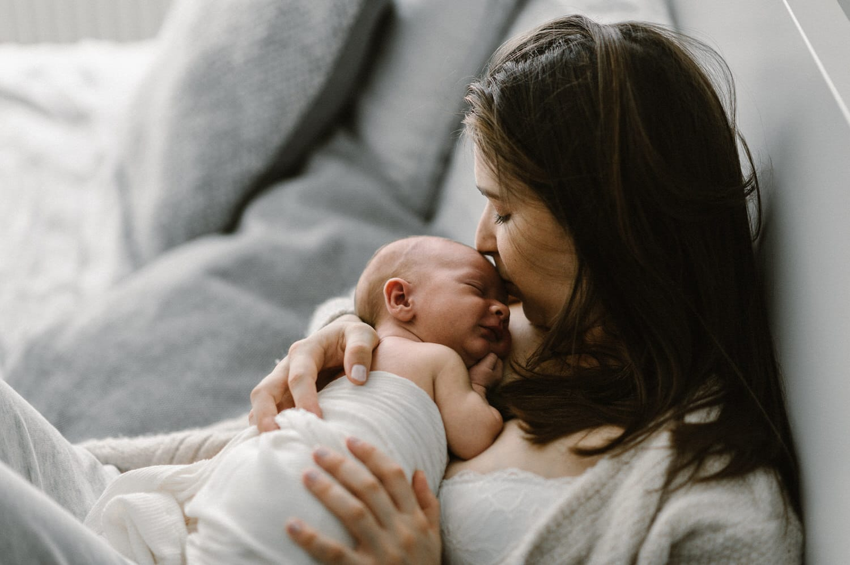 Babyfotograf, Babyfotografie, Babyfotograf schweiz, Babyfotografie Schweiz, Newborn, Newborn Fotos, Newborn Bilder, Newborn Fotograf, Fotograf Ostschweiz, Fotograf Arbon, Corinne Chollet, Fotostudio Ostschweiz, Fotostudio Stgallen